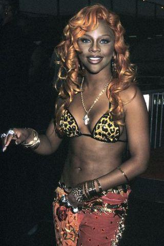 The Original Trendsetter – Lil' Kim – lookinthemirah